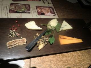 Split'z Aoyama チーズ盛り合わせ