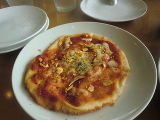 ピエトロ次郎丸店 ガーリックと唐辛子のトマトソースのピザ