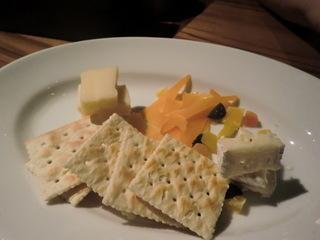 スプリッツ チーズの盛り合わせ
