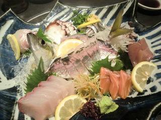 魚菜家 刺身の盛り合わせ